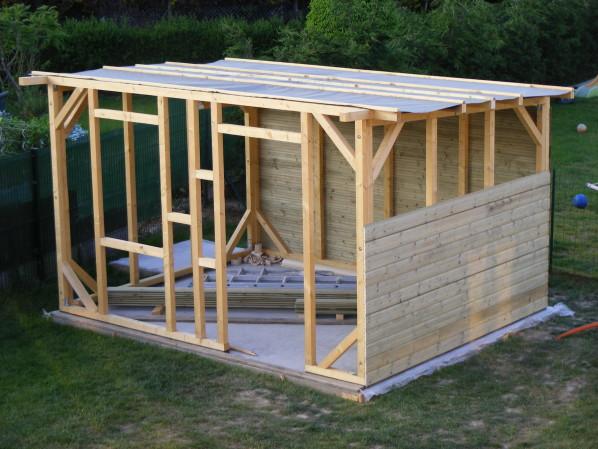 Emejing Construire Son Abris De Jardin Toit Plat Ideas - Design ...
